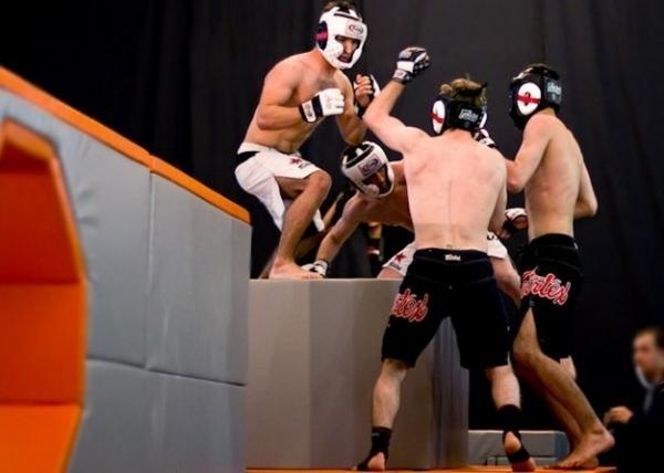 Sleduj online bojová umění Hip show na FightBox!
