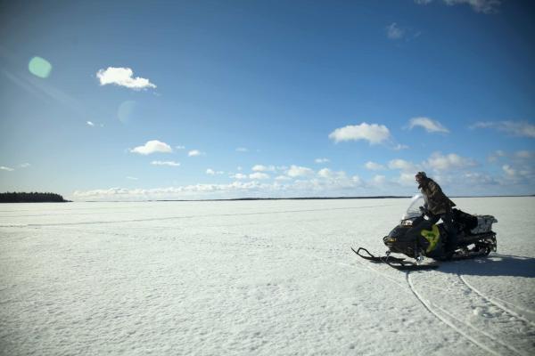 Sleduj online přírodní svět Lidé, země, dobrodružství: Extrémní Island na !