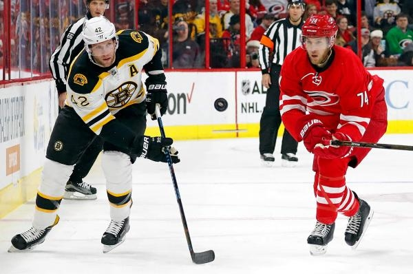 Carolina Hurricanes - Boston Bruins