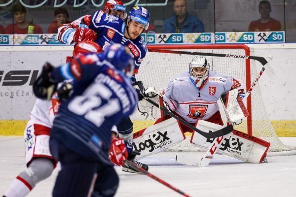 Hokej: Mountfield HK - Rytíři Kladno