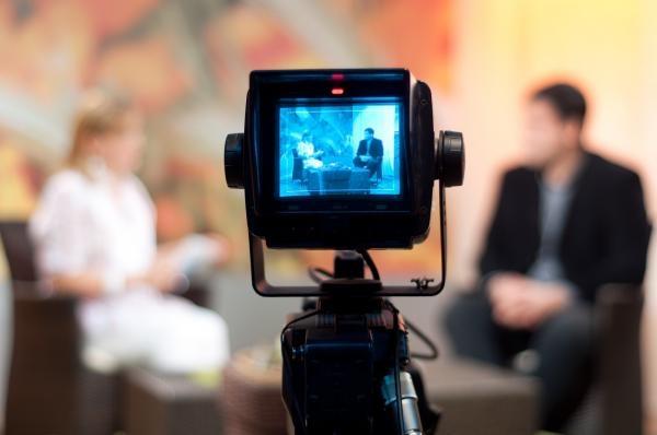 Sleduj online aktuální dění, talk show Strefa starcia na TVP Info!