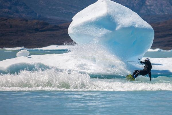 Sleduj online  Wakeboard in Patagonia na Red Bull TV!